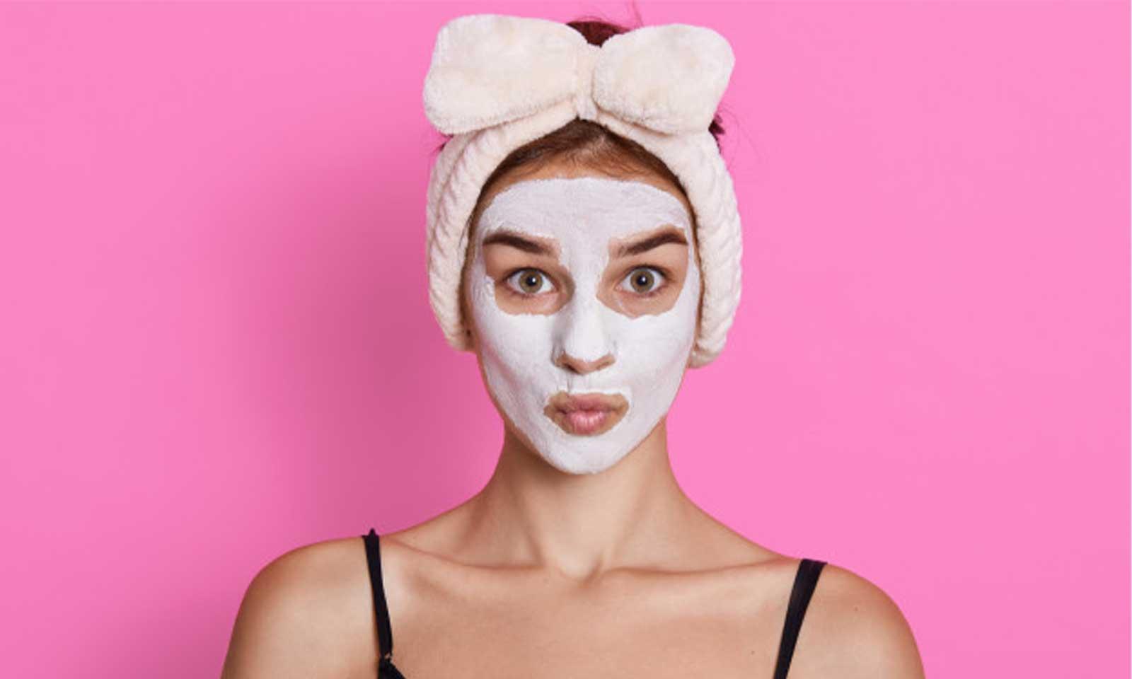 Cilt beyazlatmak için doğal maskeler